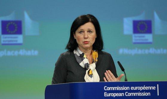 Imaginea articolului Vera Jourova, comisar european pentru Justiţie: România nu e în situaţia activării Articolului 7