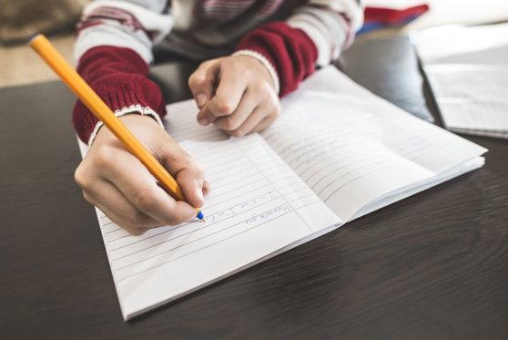 Imaginea articolului SUBIECTE EVALUARE MATEMATICĂ: Elevii clasei a VIII-a susţin proba la Matematică la Evaluarea Naţională 2019