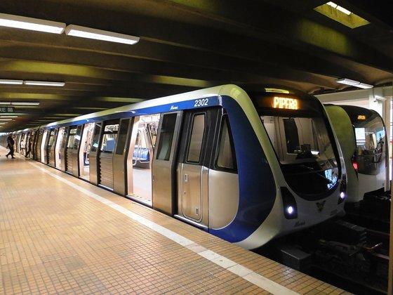 Imaginea articolului Metrorex, explicaţii pentru incidentul din staţia Eroilor: A fost degajată o cantitate mare de praf din cauza lucrărilor de la Magistrala 5/ Măsurile luate
