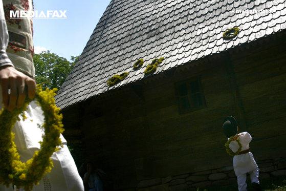 Imaginea articolului Sfinţii Petru şi Pavel 2019. Obiceiuri şi tradiţii la români/ Ce trebuie să faci ziua de în 29 iunie ca să îţi meargă bine tot anul