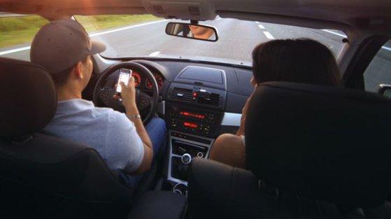 Imaginea articolului Scene incredibile la Constanţa: Femeie târâtă de maşină, după ce şi-a surprins soţul cu amanta