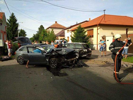 Imaginea articolului Patru maşini s-au făcut zob şi au afectat şi o conductă de gaz. Poliţiştii nu-şi explică împrejurările în care s-a produs accidentul