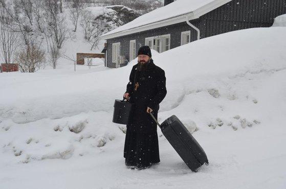 Imaginea articolului Povestea episcopului care duce cuvântul lui Dumnezeu românilor de dincolo de Cercul Polar/ FOTO