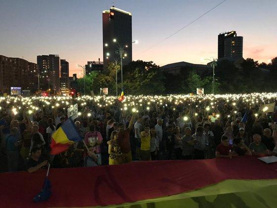 Imaginea articolului Paradoxul protestului din 10 august 2019. Unul dintre cele mai paşnice mitinguri. Mesajul transmis de Jandarmerie organizatorilor