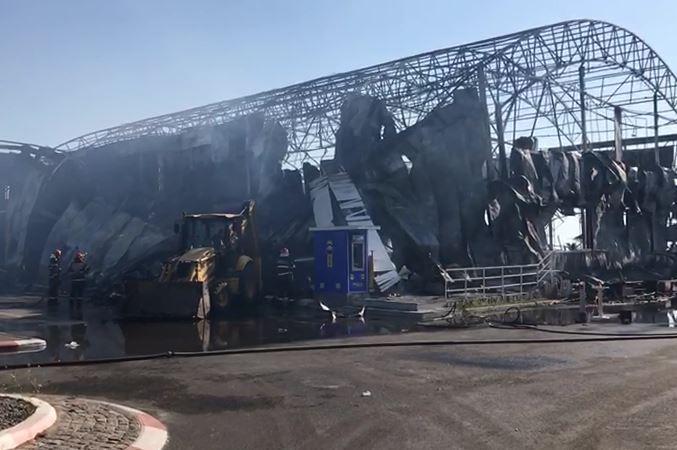 Incendiul de la clubul din Mamaia: A fost descoperită CAUZA care a provocat dezastrul/ Clădirea, distrusă în totalitate