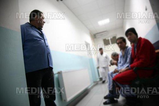 Imaginea articolului Atacul din spitalul Săpoca, Buzău. UPDATE: Bilanţul morţilor a crescut/ Agresorul, internat din nou la Psihiatrie, pentru a se stabili dacă are discernământ/  Demisie din management