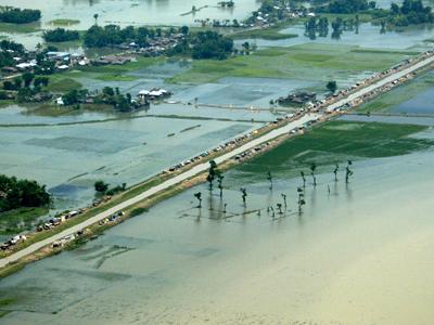 Imaginea articolului Avertizare MAE: Inundaţii severe în Kerala, India. Peste 100 de persoane decedate
