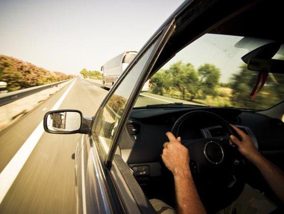 Imaginea articolului Record absolut de viteză pe o şosea din România cu limită de viteză în localitate