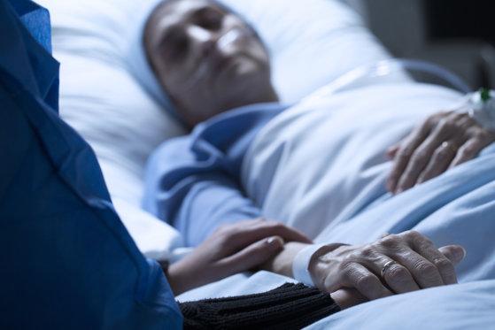 Asociaţie: 8.000 de cazuri noi de cancer din sfera ginecologică sunt diagnosticate anual în România/ Evenimente simultane în 22 de ţări de Ziua mondială de luptă impotriva cancerelor ginecologice