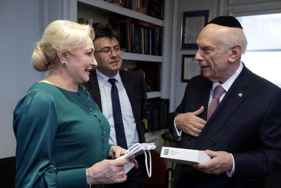 Imaginea articolului Dăncilă, întâmpinată de comunitatea evreiască din New York: Guvernul va continua acţiunile de combatere a antisemitismului, xenofobiei şi intoleranţei