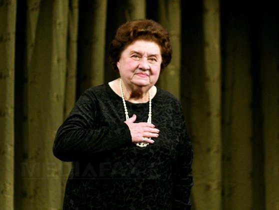 """Imaginea articolului Încă o zi grea pentru teatrul românesc. Tamara Buciuceanu va fi înmormântată astăzi la Cimitirul Sfânta Vineri din Bucureşti / Ultimele aplauze pentru """"Doamna comediei româneşti"""""""