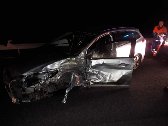 Imaginea articolului UPDATE: Alertă în Caraş-Severin după ce patru maşini au fost implicate într-un accident rutier. Patru persoane au avut nevoie de îngrijiri medicale