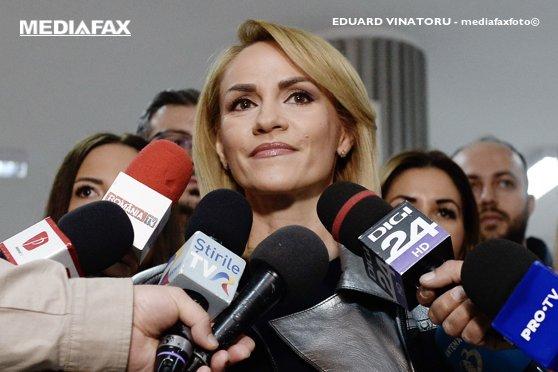 Imaginea articolului Gabriela Firea: Dăncilă nu este om? Iohannis a spus că vrea să se întâlnească cu oameni