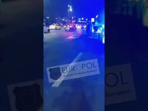 Imaginea articolului VIDEO Incident în Capitală. Un bărbat înarmat cu un cuţit a atacat mai multe persoane, în centrul Bucureştiului