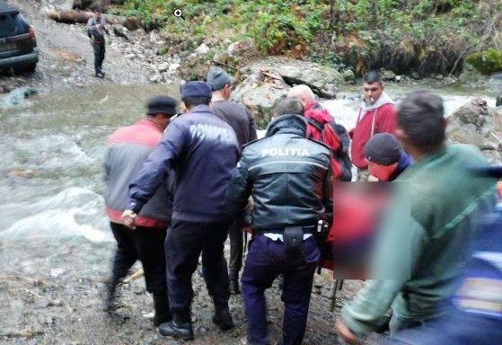 Imaginea articolului Un pădurar a fost rănit grav după ce a căzut printre stânci