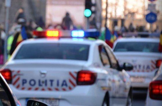 Imaginea articolului Trei poliţişti au fost răniţi după ce maşina în care se aflau a fost lovită de un alt vehicul, în Capitală
