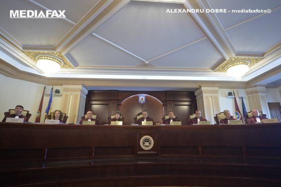 Imaginea articolului CCR dezbate astăzi conflictul juridic dintre Parlament şi ÎCCJ, cerere formulată de Meleşcanu