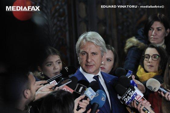 Teodorovici: O asumarea a răspunderii Guvernului pe legea bugetului este neconstituţională
