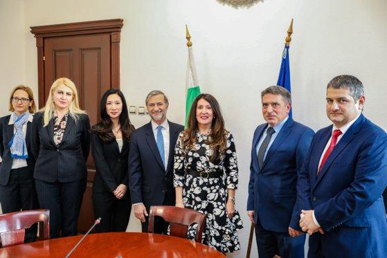 Imaginea articolului SUA au numit un reprezentant special pentru problemele de justiţie din România şi Bulgaria