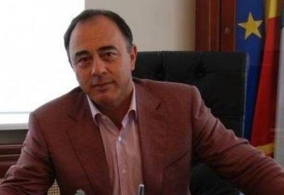 Imaginea articolului Idee incredibilă a primarului din Târgu Mureş: ar vrea ca tinerii care îşi doresc să aibă copii să îndeplinescă un set de reguli. Consiliul Naţional pentru Combaterea Discriminării s-a autosesizat