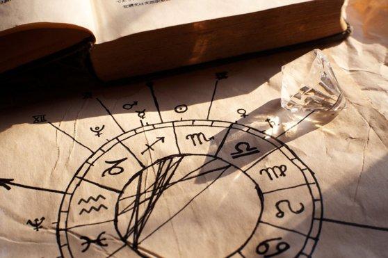 Imaginea articolului HOROSCOP 15 IANUARIE 2020: Zodiile care vor fi susţinute astăzi de astre în tot ceea ce îşi propun