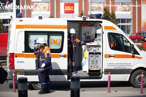 Imaginea articolului Decizia luată de paramedicii dintr-o ambulanţă după ce o tânără din judeţul Vrancea a născut în vehicul