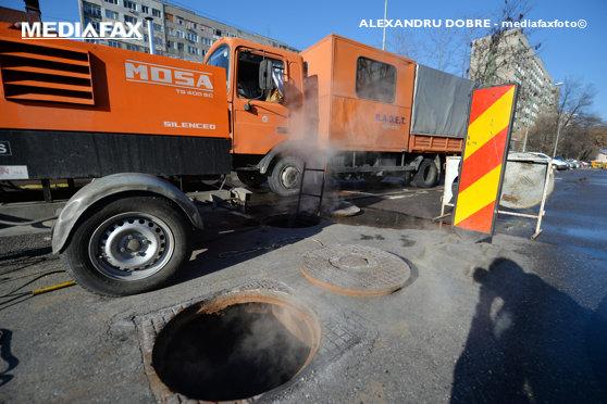 Aproape 200 de imobile din nordul Capitalei, fără apă caldă şi căldură din cauza unei avarii