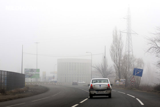 Imaginea articolului Infotrafic: Ceaţă densă pe şosele din cinci judeţe. Vizibilitatea, scăzută sub 50 de metri