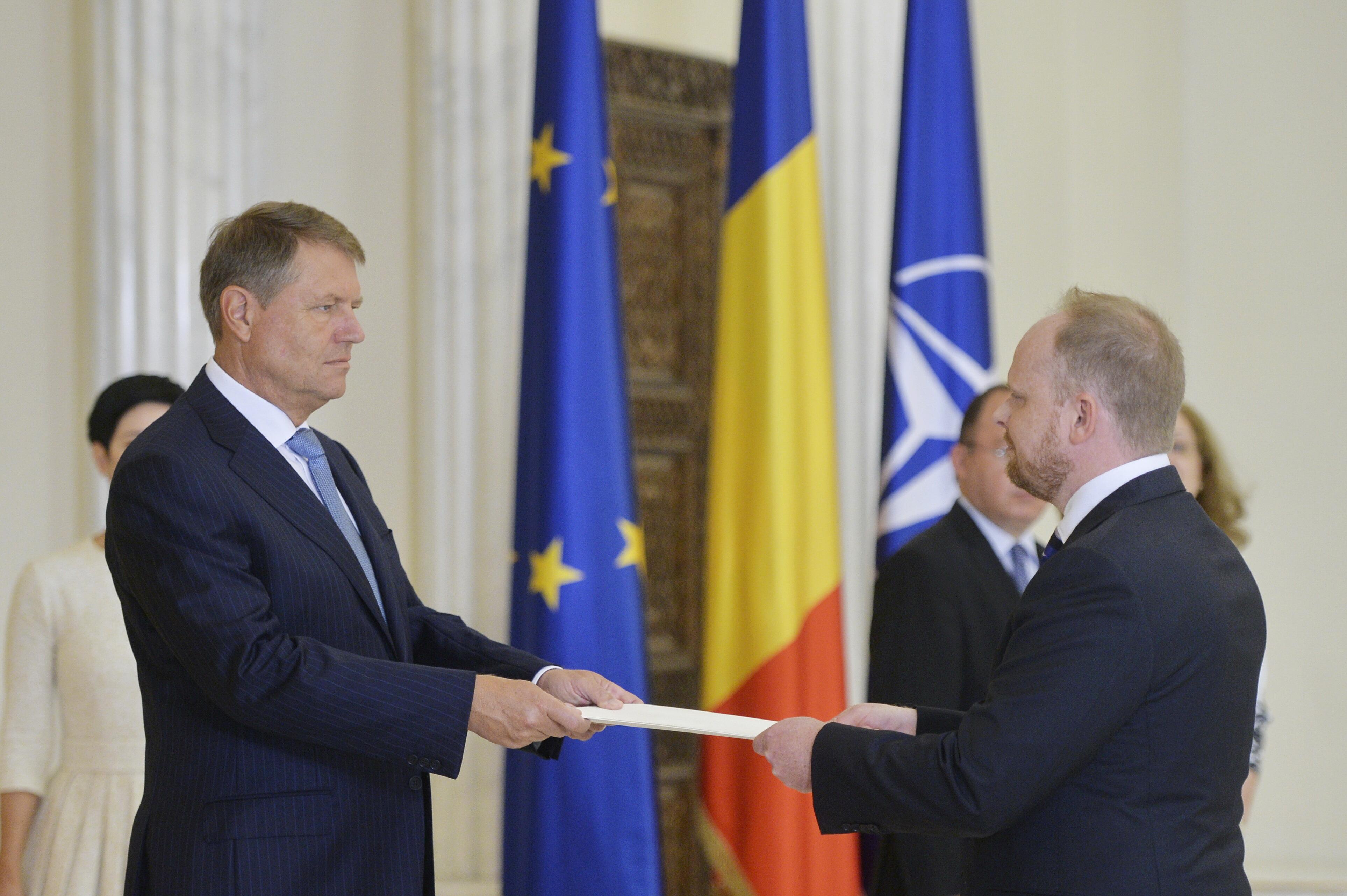 Numiri de noi ambasadori, aprobate de Klaus Iohannis