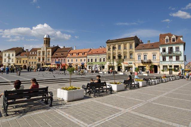 Femei în statistică: 51,1% din totalul populaţiei din România. Care este speranţa de viaţă a unei femei născute în România|EpicNews