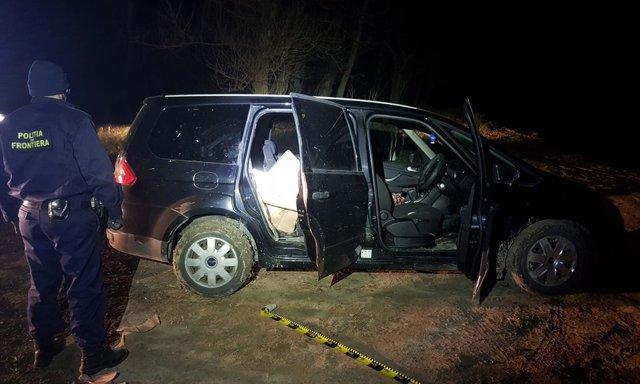 Colete în miez de noapte, contrabandişti şi focuri de armă la frontiera cu Republica Moldova|EpicNews