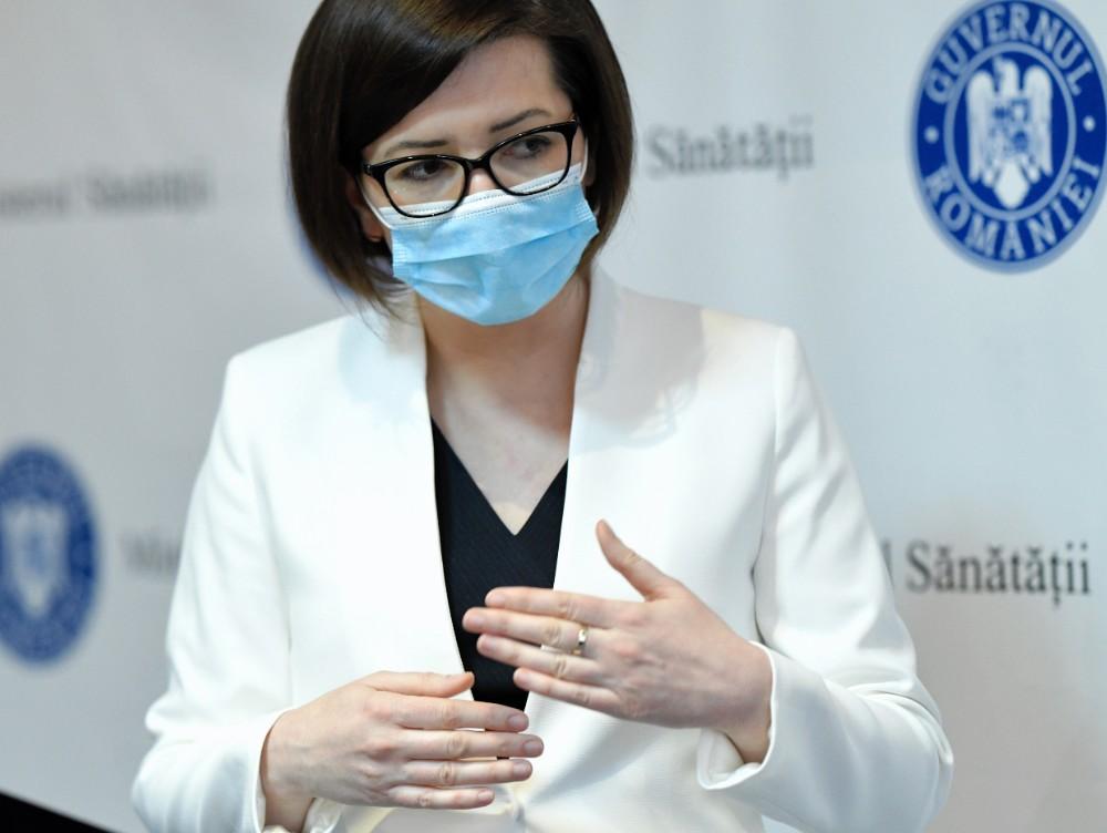 Ioana Mihăilă, ministrul Sănătăţii, crede că România se va confrunta cu al patrulea val al pandemiei. Ce îi poate reduce intensitatea