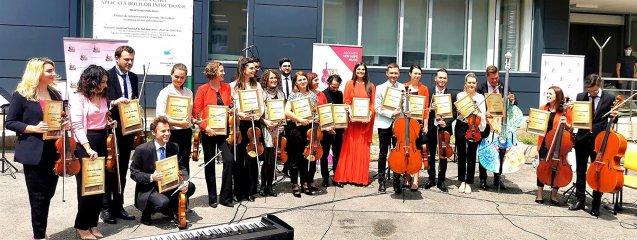 Momente inedite. Concert dedicat medicilor implicaţi în lupta împotriva COVID-19 de la Spitalul Matei Balş din Capitală |EpicNews