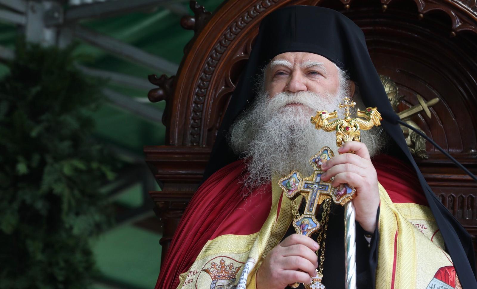IPS Calinic: Vremea ţepelor în Arhiepiscopia Sucevei şi Rădăuţilor a trecut