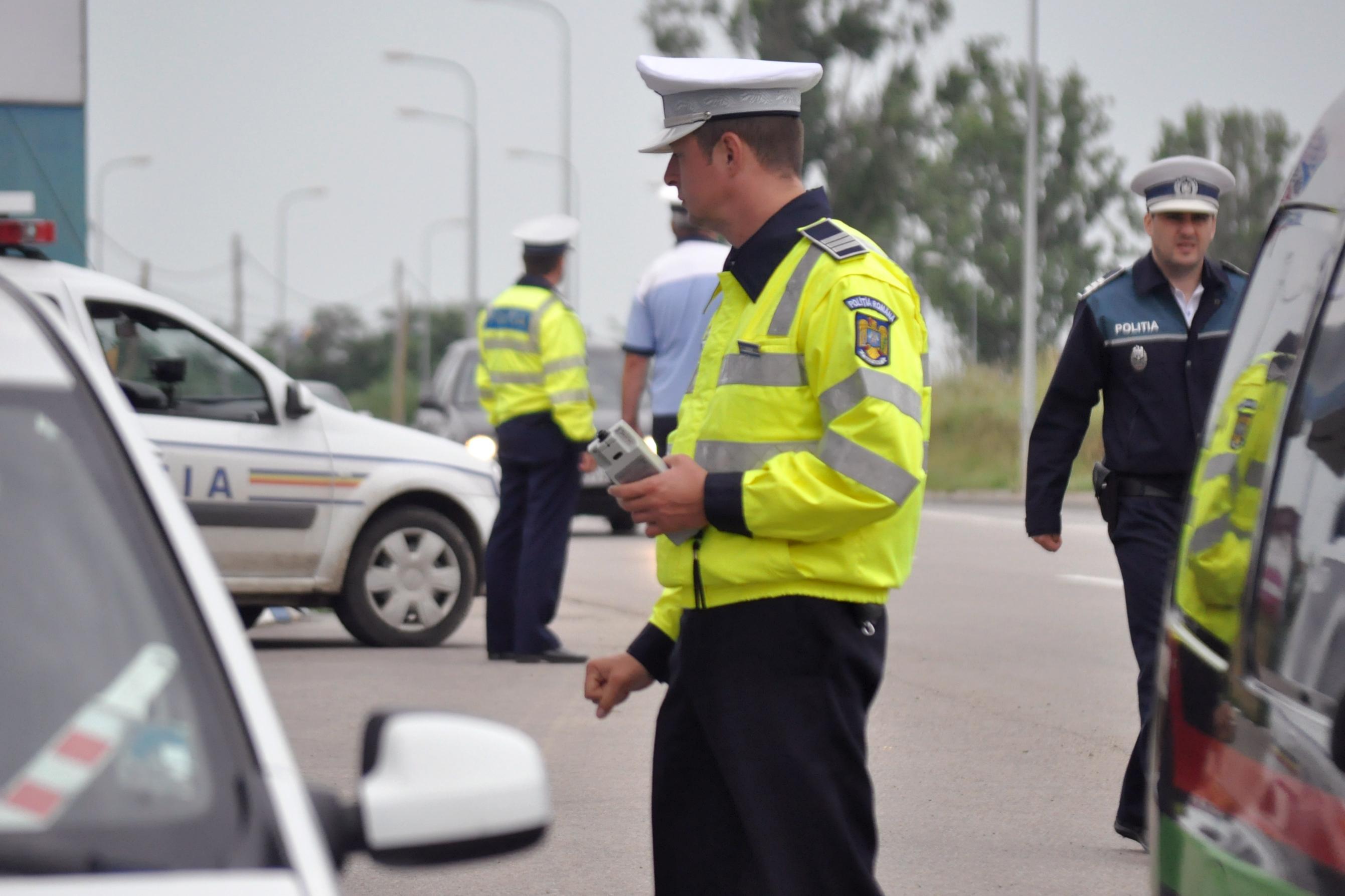 """Europol: Zero poliţişti au promovat selecţia pentru educaţie fizică şi autoapărare. """"Nominalizarea se face pe pile"""""""