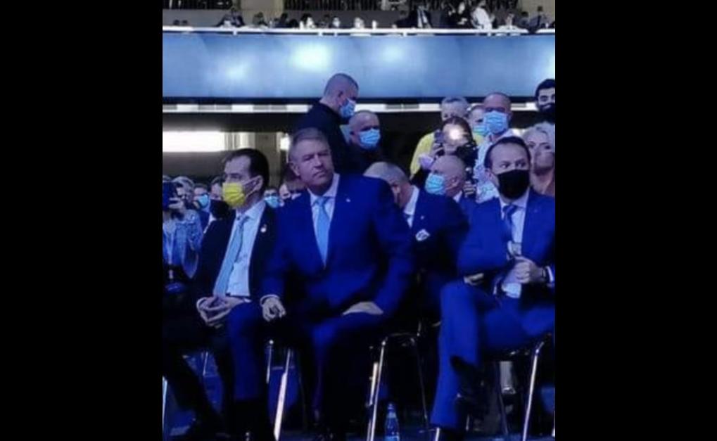 Sindicatul Europol, ironic la adresa condiţiilor de la Congresul PNL: Un bărbat amendat îi arată poliţistului poza cu Iohannis la Congres. Apoi vorbesc de golf