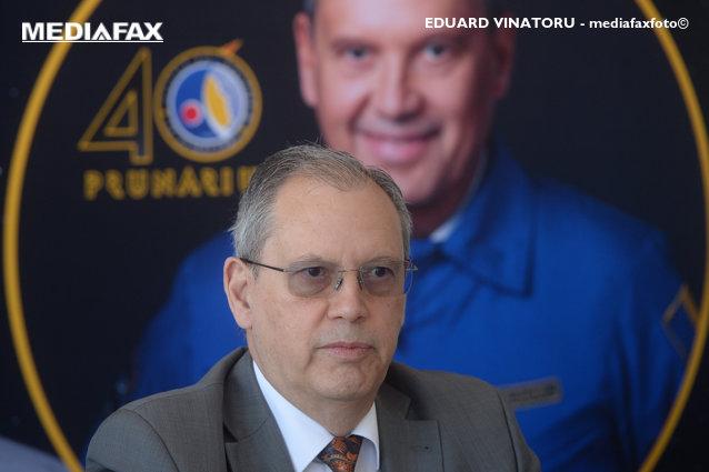 Dumitru Prunariu, singurul român care a zburat în spaţiu, împlineşte 69 de ani|EpicNews