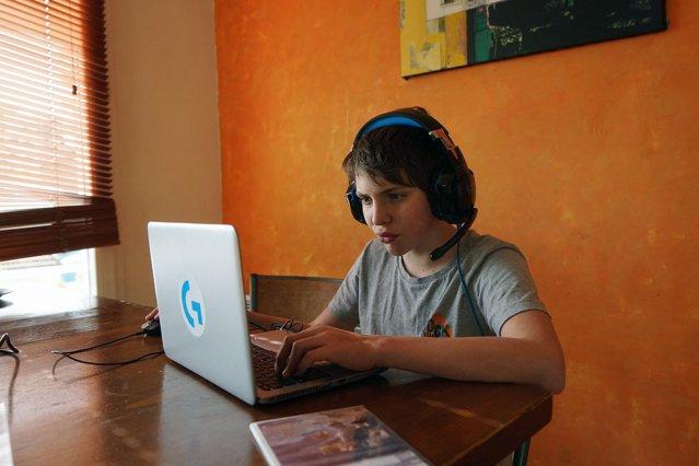 Interpolul, sesizat de o platformă de jocuri online că un copil din Buzău vrea să se sinucidă. Care este starea minorului|EpicNews