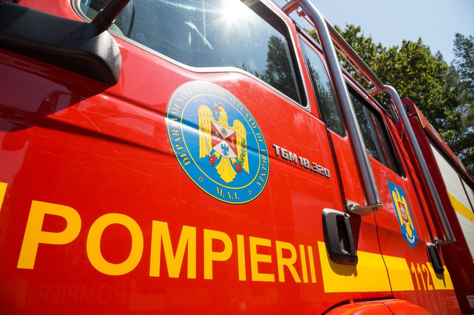 Alertă de incendiu la Spitalul Judeţean din Timişoara. Zeci de pompieri se află la faţa locului