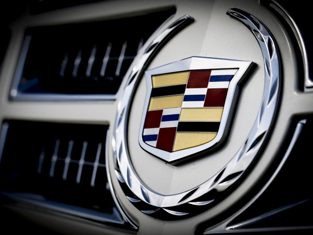 Licitaţie inedită în Bucureşti: maşini rare de la pasionaţi sau din patrimoniile instituţiilor publice