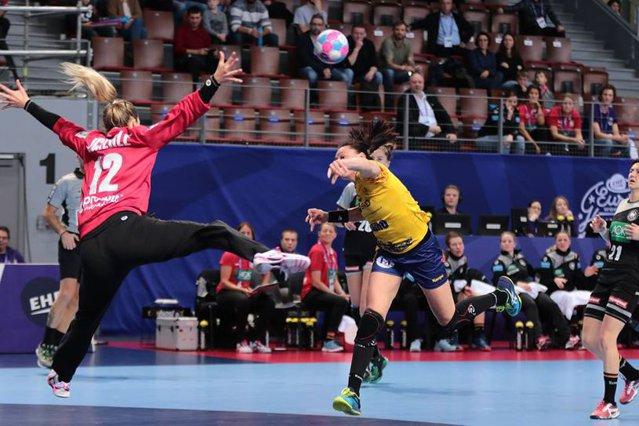 România - Ungaria 29-31, la Campionatul European de handbal. Cristina Neagu, scoasă cu targa de pe teren