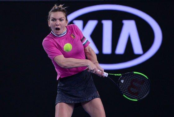 Imaginea articolului Simona Halep s-a calificat în turul trei la Australian Open: Nu am nicio idee cum am câştigat acest meci/ Venus Williams, următoarea adversară