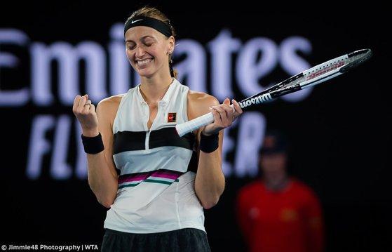 Imaginea articolului Petra Kvitova s-a calificat în finală la Dubai şi poate trece peste Simona Halep în clasamentul WTA