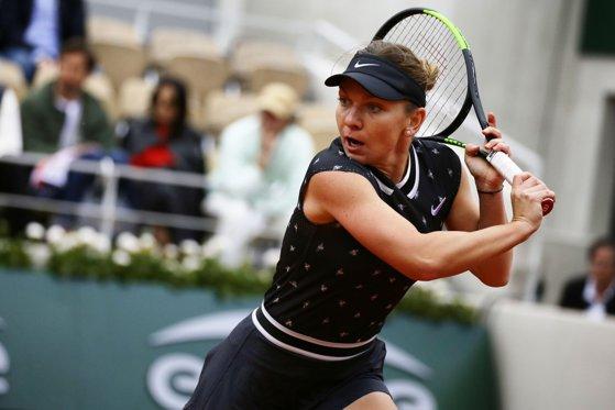Imaginea articolului Tennis Circus, despre evoluţiile Simonei Halep de la Roland Garros: E greu să primească mai mult de nota 6
