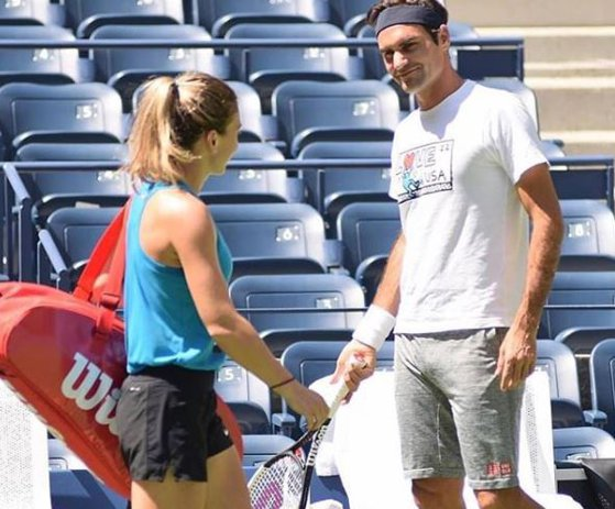 """Imaginea articolului Wimbledon 2019. Roger Federer, mesaj pentru Simona Halep, înaintea finalei de sâmbătă: Nu merge cu """"joc împotriva Serenei, n-am nicio şansă"""""""
