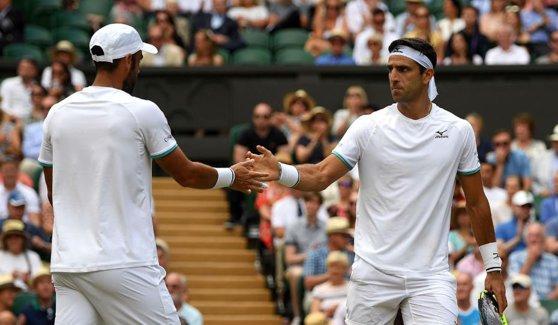 Imaginea articolului Wimbledon 2019 | Juan Sebastian Cabal şi Robert Farah, primii columbieni care câştigă un Grand Slam la proba de dublu masculin