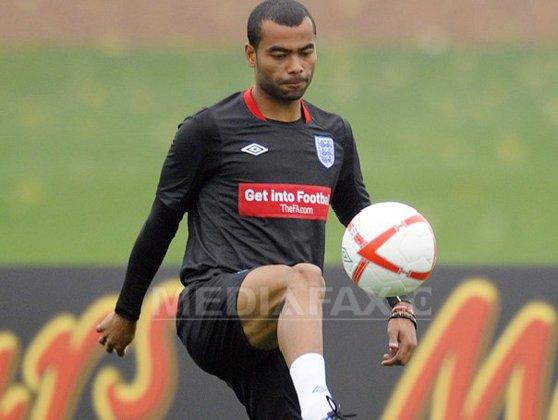 Imaginea articolului Ashley Cole şi-a anunţat retragerea din cariera de fotbalist