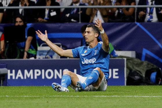 Imaginea articolului Jigniri fără precedent după meciul Atletico Madrid - Juventus. Ronaldo i-a atacat pe suporterii lui Atletico: Prea mulţi oameni proşti