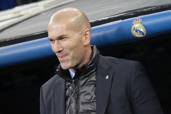 Imaginea articolului Zinedine Zidane ar putea fi out de la Real Madrid. Cine i-ar putea lua locul