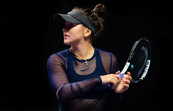 Imaginea articolului Bianca Andreescu este OUT de la Turneul Campioanelor, după ce s-a retras în meciul cu Karolina Pliskova din cauza unei accidentări